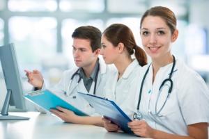 Grupo de médicos