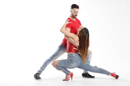 dance-partner-2751837_1920